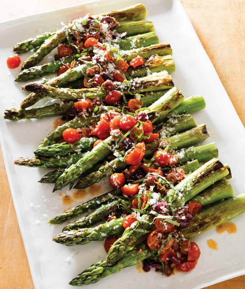 Pan-Roasted Asparagus with Cherry Tomatoes and Kalamata Olives
