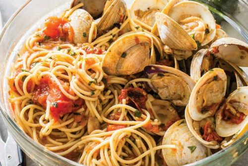 Spaghetti with Clams and Roasted Tomatoes