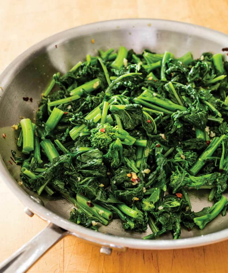 Broccoli Rabe with Garlic and Red Pepper Flakes