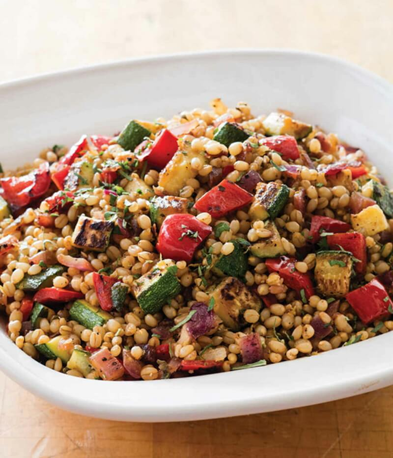 Warm Wheat Berries with Zucchini, Red Pepper, and Oregano
