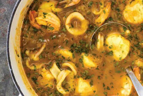 Shellfish Soup with Leeks and Turmeric