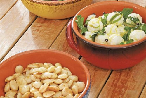 Olive, Almond, and Goat Cheese Tapas/ Tapas de aceitunas, almendras y queso de cabra